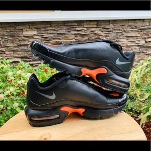 Nike air max youth's boy size 6